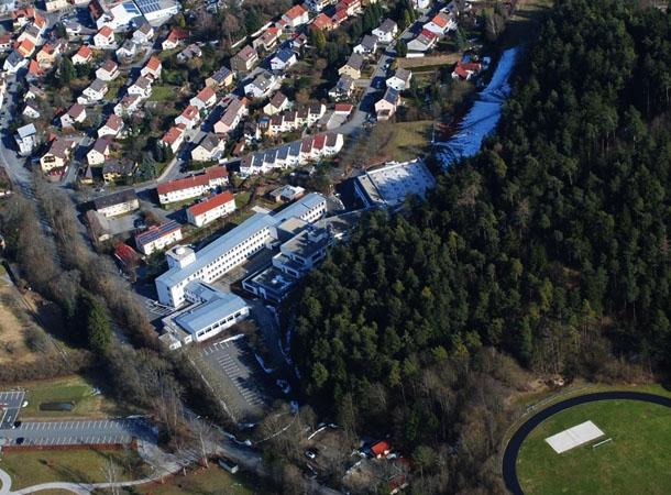 Gympeg801 SchuleVonOben-kl02